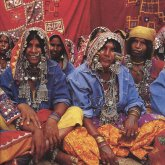 mustang_indien_04_doppelseite_ links